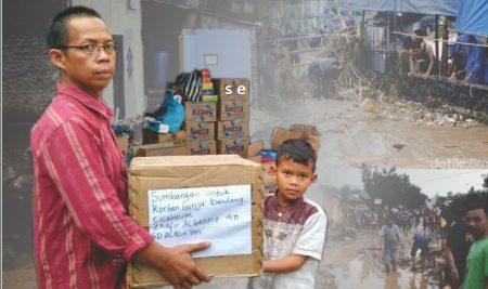Siswa SDQu Salurkan Bantuan Untuk Korban Banjir Cicaheum